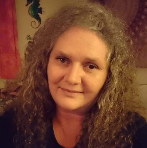 Linda Olsen forteller hva hun skal til jul og hvem hun ville spist middag med.