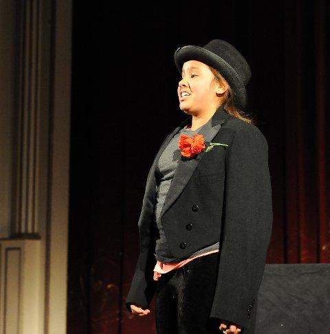 Selma spiller Grieg i et møte med Ibsen.