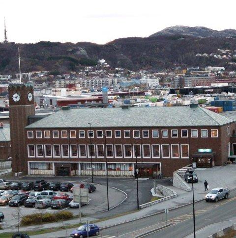 Testet positivt: En mann har testet positivt for koronaviruset etter å ha kommet med tog til Bodø.