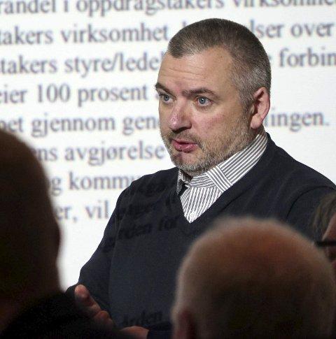 Tiltak: Rådmann Lars Skjønnås skisserer en rekke tiltak i tilknytning til den fremlagte økonomirapporten.