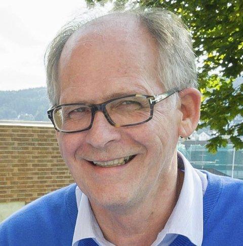 Kommuneoverlege Åge Henning Andersen mener 180 millioner er for lite til å redde fastlegeordningen. FOTO: JENS HAUGEN