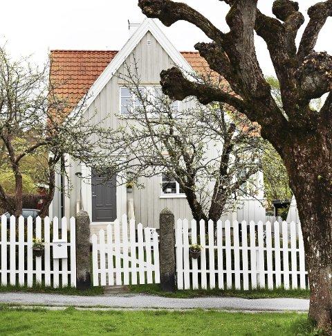 På Os: Norges vakreste hjem er en gammel skomakerbolig i Os allé.Foto: Mint Agency/Boligpluss