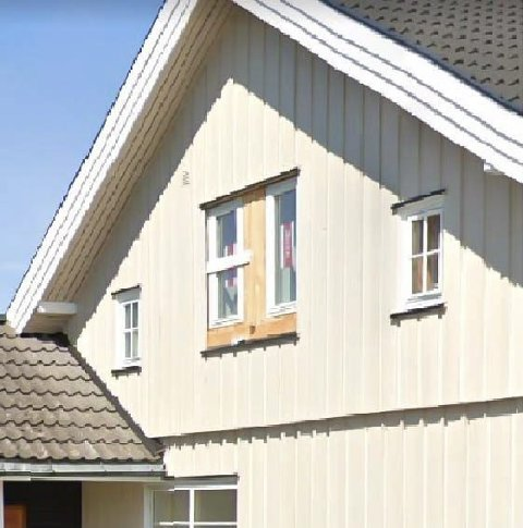 TILSYN: Huseier må enten søke eller tilbakeføre fasaden.