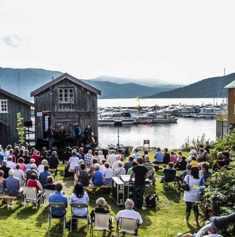 Hemnes: På Hemnesberget arrangeres Hemnesjazz i august. Foto: Tore Furuhatt