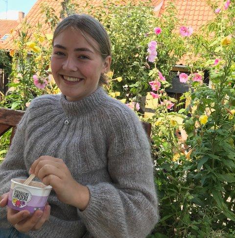 FORNØYD: Nanna Reymert Jensen mener det ikke må store endringer til i ungdomsskolen.