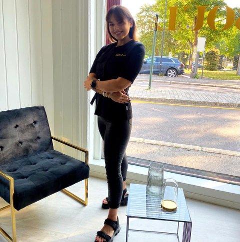 ALT FOR SKJØNNHETEN: Goda Statauskaitė har flyttet til et nytt sted i Tønsberg. Hittil er hun veldig fornøyd med lokasjonen.