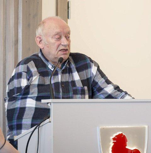 Vil vite mer: Bjørn Pedersen (Ap/KrF) er medlem av kommunestyrets kontrollutvalg.Foto: Johan Votvik