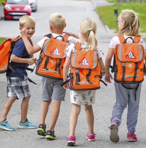 FLERE LÆRERE: Kommunene kan ansette flere lærere for de yngste.