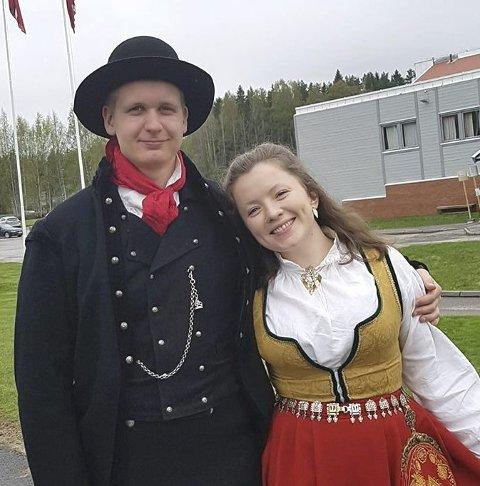 VENSTRE-DUO: Gard L. Frøvoll og Amanda H. Rygg jobber for at Sør-Odal Venstre blir representert i kommunestyret.