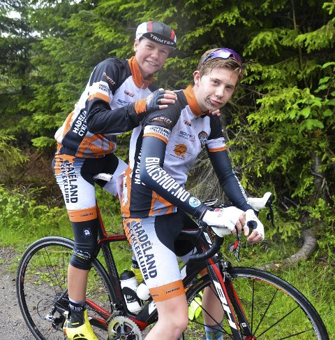 TIL U6: Sivert Botten (bak) og Henrik Teslo Fjellheim.