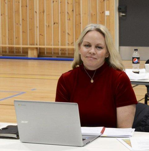 Støttet Sp: Anne Maria Kråkevik (H) er rektor på Tyssedal barneskole, som Høyre ville legge ned. Foto: Ernst Olsen