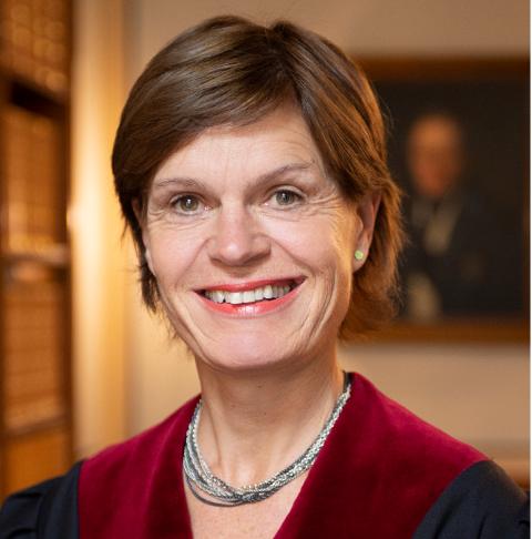 SATT I FENGSEL: Høyesterettsdommer Ragnhild Noer. Bildet er tatt i Norge øverste domstol sitt hus, Høyesterett.