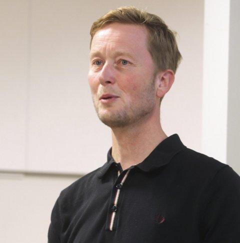 Informerte: Næringssjef Arve Vannebo i formannskapet. Foto: Pål Nordby