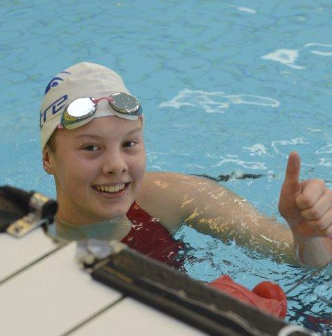 TO GULL: Wilma Norenberg Johansen har startet junior NM med to gullmedaljer. Hun svømmer også to øvelser søndag.