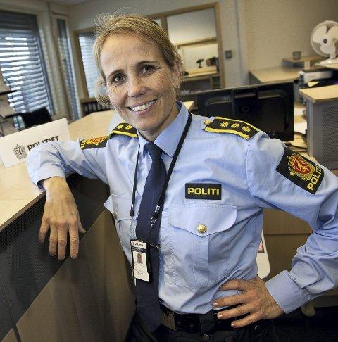 ØKNING: Lensmann Sigrid Andreassen sier de får inn stadig flere saker hvor folk har blitt lurt økonomisk på internett.