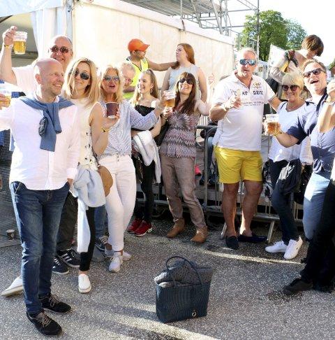 LOKAL GJENG: Det var mange som hadde tatt turen fra Røyken og Hurum til Kongsberg Jazzfestival, og stemningen var på topp.