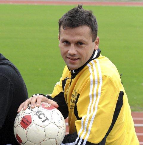 Ballskole for de minste: Samir Saric og co. drar i gang en ny runde med ballskole. (Arkivfoto: Per Langevei)