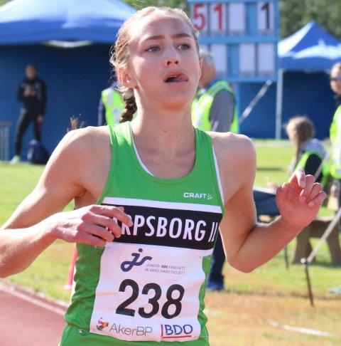 GOD: Sarpsborg-jenta Karoline Skauen vant gjev pris i friidrett.