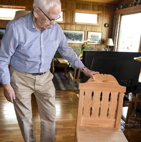 Tuddal: Stolen har han laget etter å ha sett en gammel stol.