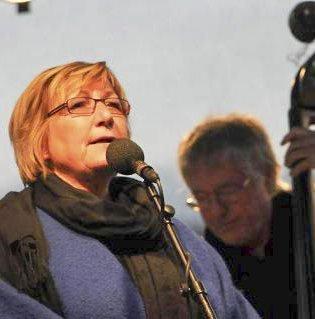 Dyktig duo: Kirsten Bråten Berg og Leiv Solberg har samarbeidet i mange år, og har gitt mange kjente og kjære sanger nytt liv.Pressefoto
