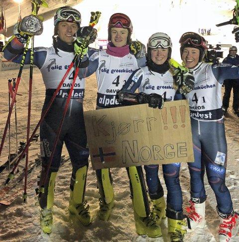 LAGSØLV: Fra venstre:, Joachim Jagge Lindstøl, Lucas Braathen, Kaja Norbye og Kajsa Vickhoff Lie tok sølv i den blandede lagkonkurransen i junior-VM i alpint i sveitsiske Davos lørdag.