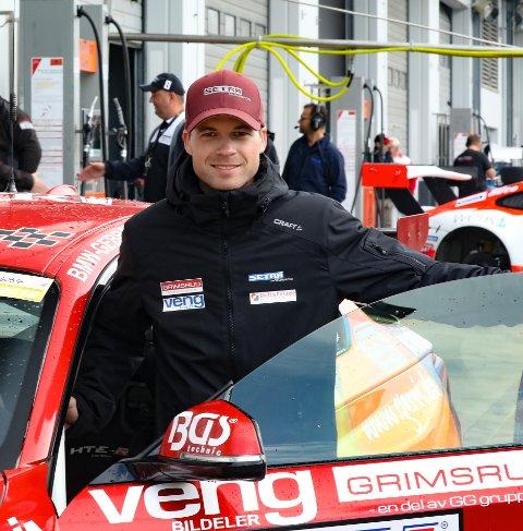 OPP- OG NEDTUR: Inge Hansesætre leverte karrierebeste, men endte likevel uten plassering i sitt femte VLN-løp på Nürburgring.