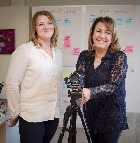 Teknologien i bruk: Slanke tanker er et nettbasert program for overvektige. Lillian Fjeld (t.h.) og Elisabeth Thorkildsen Bøe.