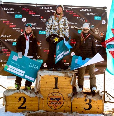 Johanne Killi fra Dombås tok NM-gull i slopestyle foran Sandra Eie og Elvira Marie Ros.