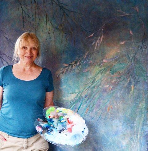 Separatutstilling: Ragnhild Steig Svenningsen har tidligere drevet Galleri Gamle Eidsfos. Nå skal hun stille ut i to langhelger. Foto: Privat