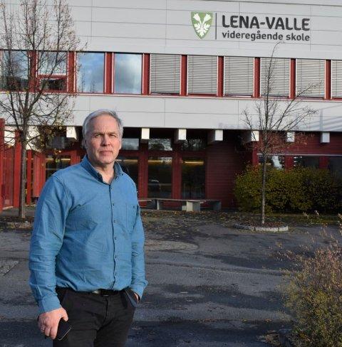 HEKTISK PERIODE: Torsdag ble nok en elev ved Lena-Valle videregående skole bekreftet smittet. 80 elever er i karantene.