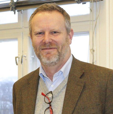 MÅTTE SPARE INN: Daglig leder for Steinerskolen i Vestfold, Anders Berg, forteller at de måtte spare inn for å dekke opp for underskuddet i 2017.