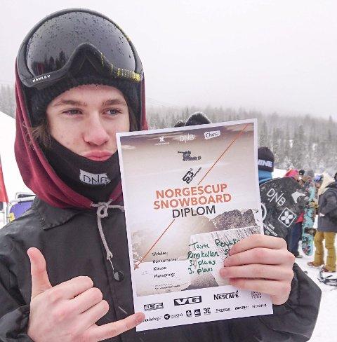 1. PLASS: Trym Rengård viste klasse i norgescuprennet i snowboard i Ringkollen.