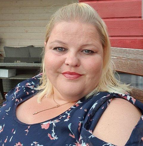 Ann-Cecilie Vestby Haraldsen gleder seg til å begynne som pedagogisk leder i Bjørkenes familiebarnehage i tillegg til Blåklokken på Tromøy. Men først er det sommerferie med familien.