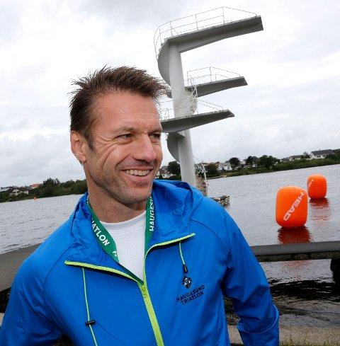 For alle: Haugesund Triatlon er langt mer overkommelig enn Ironman. – Dette er for mannen i gata, sier arrangør Kurt Misje om helgas sprintkonkurrans som er på 750 m svømming, 20 km sykling og 5 km løping.