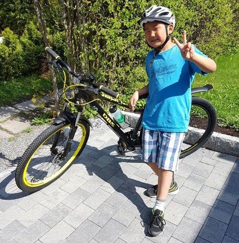 Stjålet: Torbjørn (11) elsket sykkelen sin. Natt til mandag ble den stjålet i Lillestrøm.