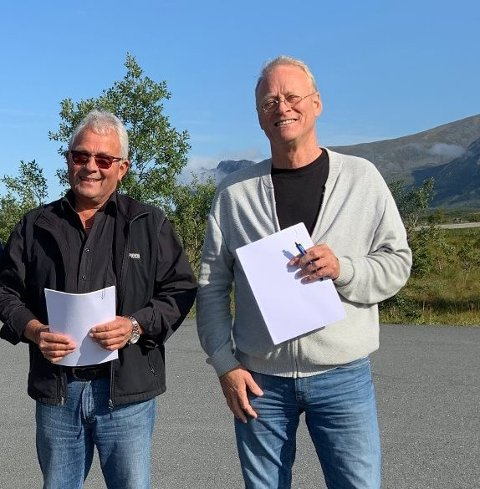 INNTEKTSTOPPEN:  Dagfinn Martinsen(tv) og Arne Leo Olavsen er de to som tjente mest i Vestvågøy i 2019.