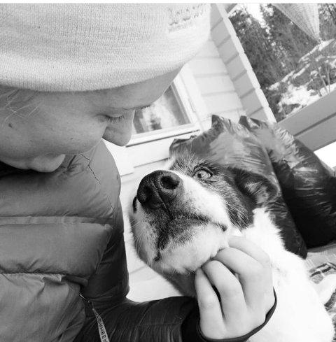 SAVN: Tonje Larsen forteller at savnet etter hunden Leah er stort.