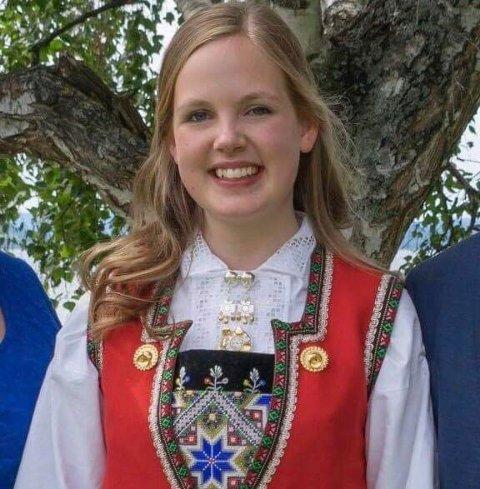 TOPPKARAKTERER: Victoria Flankegård fikk nesten bare seksere da hun gikk ut av Tyrifjord videregående skole.