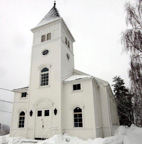 RIMELIG: Kirkevergen opplyser at det koster ca. 60 000 kroner i året å drifte Nærsnes kirke.