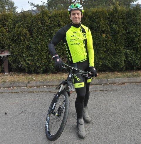 TILBUD TIL ALLE: Søndagssykling, terrengritt, temporitt, sykkelskole og trimaksjon er bare noe av alt det Johan Conradson og CK Nittedal har av tilbud nå i mai.