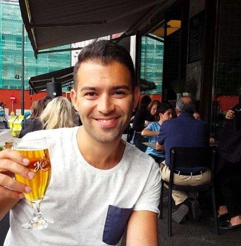 Hussaini nyter både øl og en god rødvin ved passende anledninger. - Jeg er en helt vanlig fyr fra Jessheim, sier han til Nettavisen. Privat