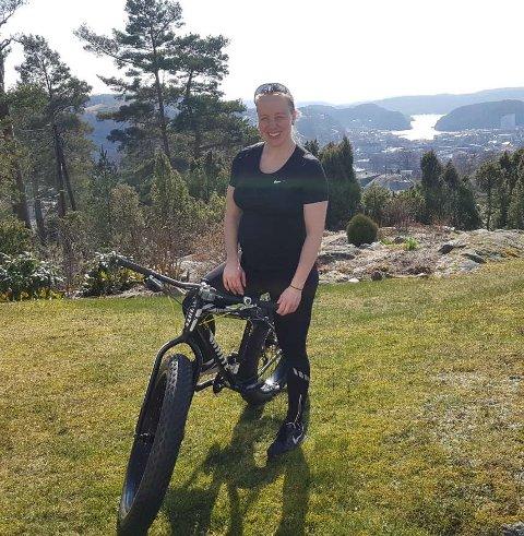 Ingrid Bøe Jacobsen holder i gang treningen selv om fødselsterminen nærmer seg.