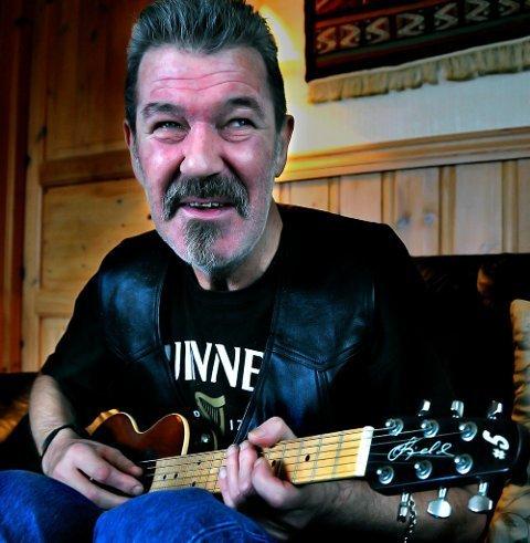 Død: Gitarist og musiker Tor Inge Rishaug.