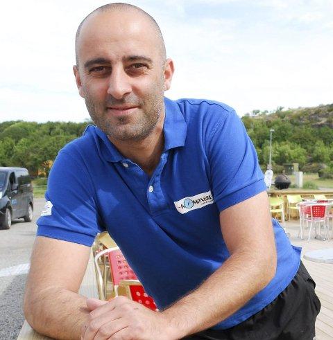 Samtidig som gjestehavna åpner, kommer daglig leder Alex Rossitto også til å åpne kafeen og restauranten Kompasset.