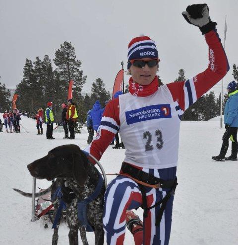 FORNØYD: Henrik Oppen Schiøtz tok fire medaljer i EM. Foto: Privat