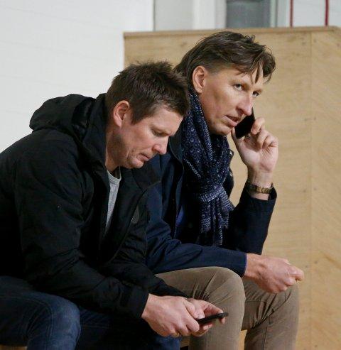FÅR STØTTEERKLÆRINGER: FKHs styreleder Leiv Helge Kaldheim, er sammen med sportssjef Jostein Grindhaug.