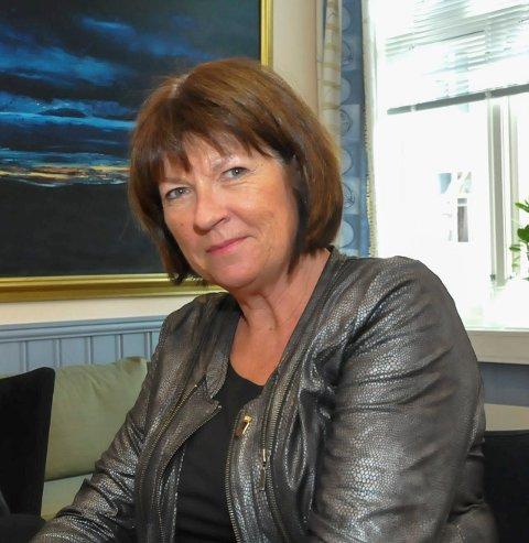 NY RUNDE: Rådmann Inger Lysa må muligens ha hjelp utenfra for å finne kandidat til stillingen som plan- og bygningssjef i Kragerø.