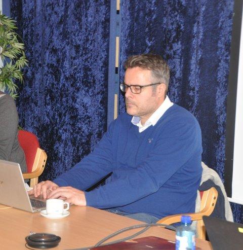 VAKSINE: Flakstad velger å innkalle til vaksinering etter egne lister, ikke via påmelding fra innbyggerne, sier assisterende rådmann Knut Erik Dahlmo.