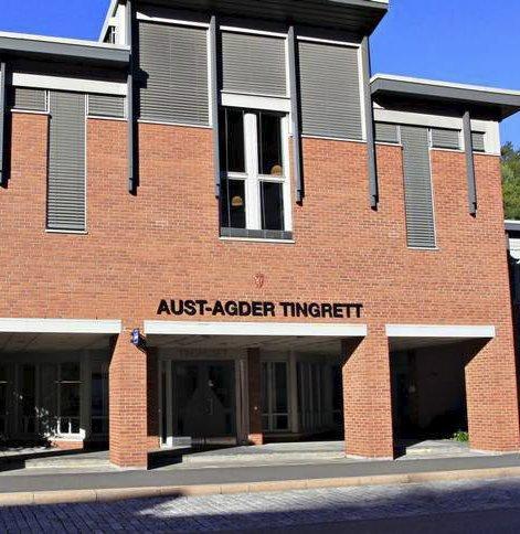 I retten: Vegårsheiingen måtte møte i Aust-Agder tingrett.