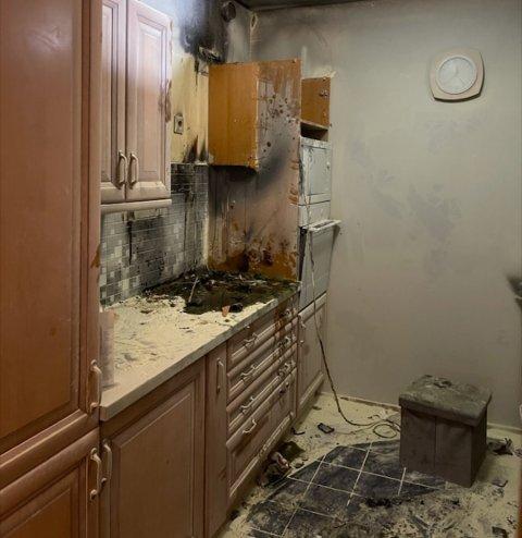 UTBRENT: Slik ser det ut på kjøkkenet hvor det begynte å brenne.